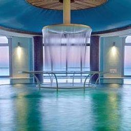 Helianthal-Saint-Jean-de-Luz-Pool-382244.jpg