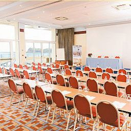 Helianthal-Saint-Jean-de-Luz-Conference_room-382244.jpg