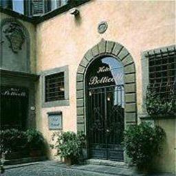 Botticelli-Florence-Exterior_view-1-382682.jpg