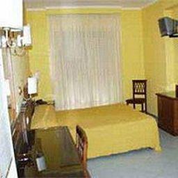 Ascot_Sorrento-Sorrento-Room-3-386480.jpg