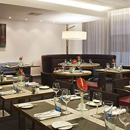 Restaurant/breakfast room Novotel Reading Centre