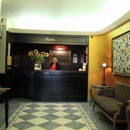Antik_City-Prague-Reception-1-389015.jpg