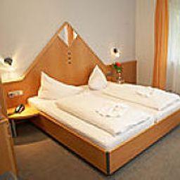 Loewen-Rust-Double_room_superior-389186.jpg