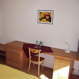 Riverside_Apartment_Hotel_AG-Duggingen-Interior_view-2-389584.jpg