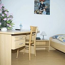 Riverside_Apartment_Hotel_AG-Duggingen-Room-1-389584.jpg