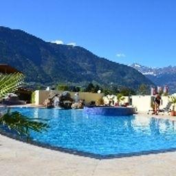 Schlosshof_Resort_Hotel_Camping-Lana-Pool-7-390171.jpg