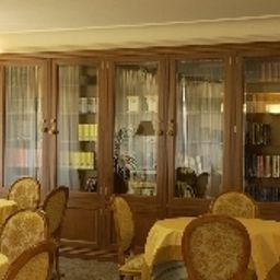 Villa_Covelo-Pontevedra-Conference_room-390445.jpg