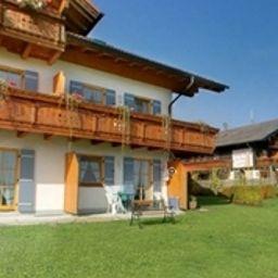 Weingarten_Berggasthof-Rimsting-Aussenansicht-2-390600.jpg