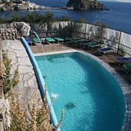 Punta_Chiarito_Hotel_Ristorante-Forio-View-390651.jpg