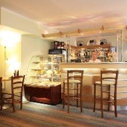 Maxima_Slavia-Moscow-Cafe_Bistro-390742.jpg