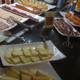 Silken_Zentro-Zaragoza-Breakfast_room-1-391322.jpg
