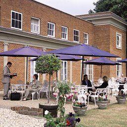 De_Vere_Venues_Highfield_Park-Reading-Garden-391704.jpg