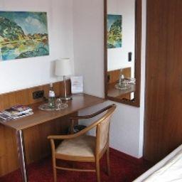 Binnewies_City_Hotel-Neuss-Room_with_terrace-2-392144.jpg
