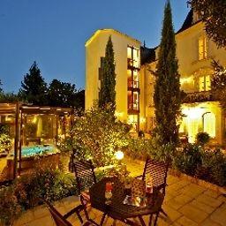 Clos_La_Boetie-Sarlat-la-Caneda-Terrace-1-392194.jpg