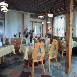 Berghof-Seiffen-Breakfast_room-392215.jpg