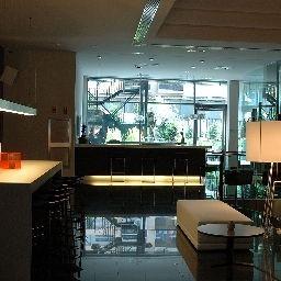 Vestíbulo del hotel Primus Valencia