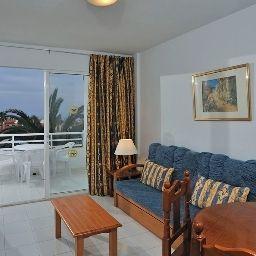 Globales_Costa_Tropical_Apartamentos-Antigua-Room-2-392823.jpg