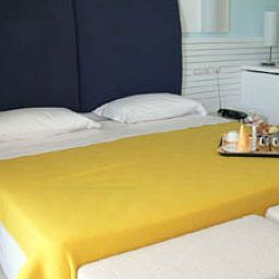 Salerno_Grand_Hotel-Salerno-Room-1-392839.jpg