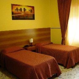 Il_Romitello_Religious_Guest_House-Rome-Standard_room-392974.jpg