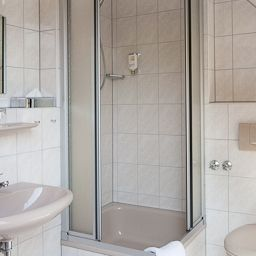 Gaestehaus_am_Stadtgarten-Freiburg-Bathroom-393235.jpg