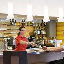 ibis_Cannes_Mandelieu-Mandelieu-la-Napoule-Hotel_bar-396398.jpg