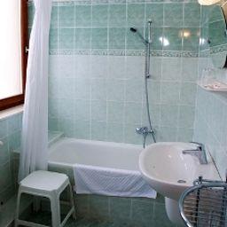 Bathroom Helios