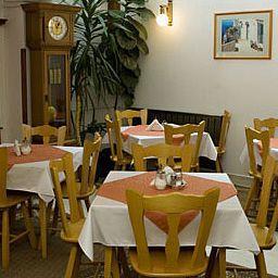 Helios-Budapest-Breakfast_room-396788.jpg