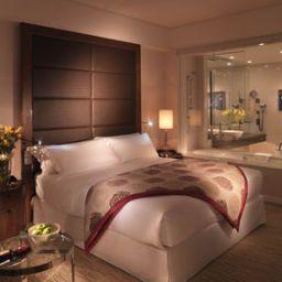 Crowne_Plaza_DUBAI_-_FESTIVAL_CITY-Dubai-Room-3-398006.jpg