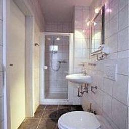 Postkutscherl-Wuerzburg-Bathroom-1-398413.jpg
