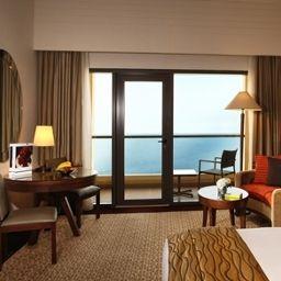 Amwaj_Rotana_Jumeirah_Beach-Dubai-Room_with_a_sea_view-398924.jpg