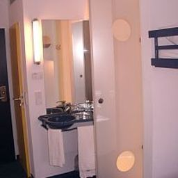 Ibis_Budget_Muenchen_Ost_Messe-Ascheim-Bathroom-399565.jpg