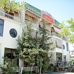 Baron_Hotel_Restaurant-Tirana-Exterior_view-6-399847.jpg