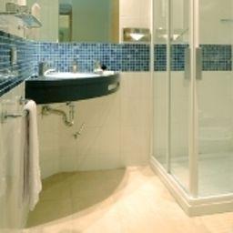 Bathroom Idea Hotel Udine Tava