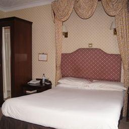 Pokój dwuosobowy (komfort) Castle