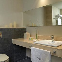 Ciutat_de_Montcada-Montcada-Bathroom-400522.jpg