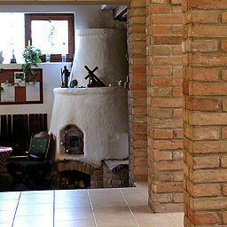 Hall Polgar Panzio