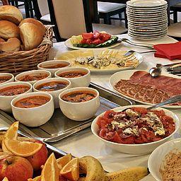 Buffet prima colazione Polgar Panzio