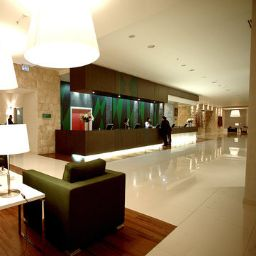 Hotelhalle Holiday Inn ISTANBUL AIRPORT