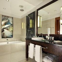 Sheraton_Sopot_Conference_CentreSpa-Sopot-Bathroom-400994.jpg