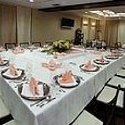 Portius-Krosno-Restaurant-401551.jpg