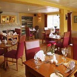Mary_Arden_Inn-Stratford-Upon-Avon-Breakfast_room-401804.jpg