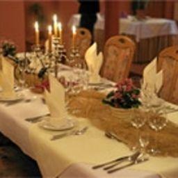 Grodzki-Poznan-Restaurant-3-401930.jpg