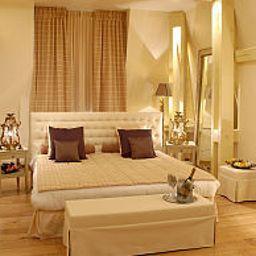 Chateau_de_Belmesnil-Saint-Denis-le-Thiboult-Suite-1-402200.jpg