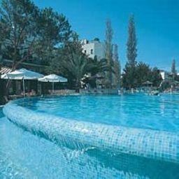 Basilica_Holiday_Resort-Paphos-Pool-1-403052.jpg
