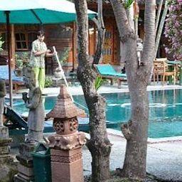 Stana_Puri_Gopa_Hotel-Denpasar-Pool-2-403543.jpg