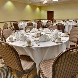 Holiday_Inn_Hotel_Suites_BAKERSFIELD-Bakersfield-Tagungsraum-13-404606.jpg