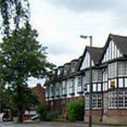 Cathedral_Lodge-Lichfield-Exterior_view-406465.jpg