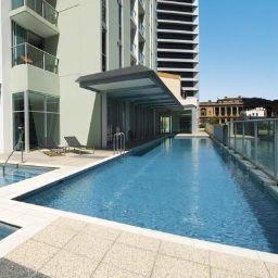 Swimming pool OAKS FESTIVAL TOWERS