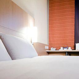 ibis_Nottingham_Centre-Nottingham-Room-4-406776.jpg