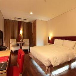 RA_HTL_SUITES_SEOUL_NAMDAEMUN-Seoul-Room-11-407387.jpg